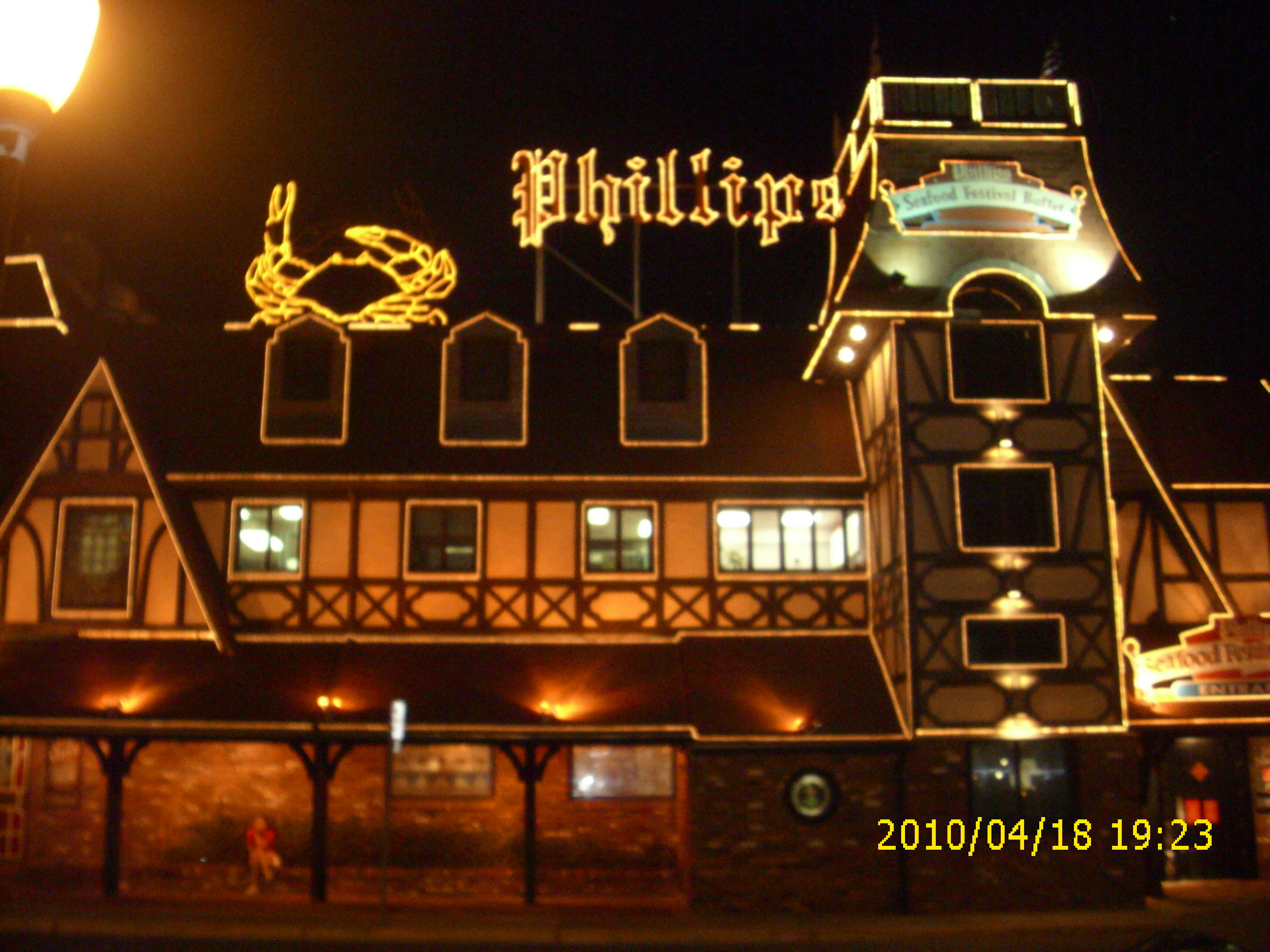 Super Lights On At Phillips Crab House In Ocean City Ocean City Blog Download Free Architecture Designs Scobabritishbridgeorg